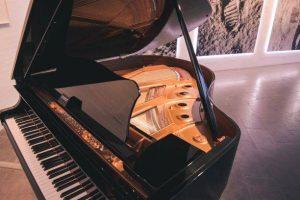 piano movers richmond virginia photo courtesy of unsplash